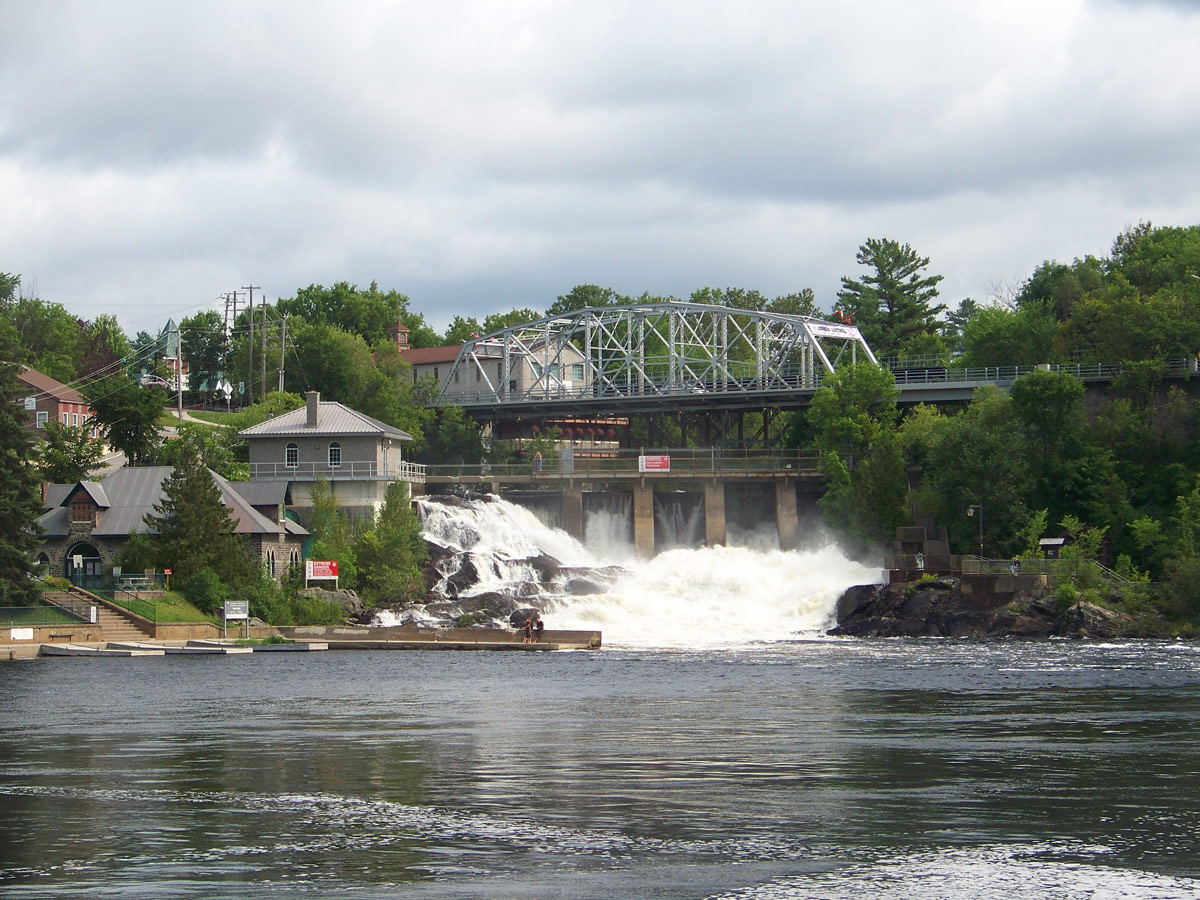 Bracebridge Falls in Bracebridge Ontario