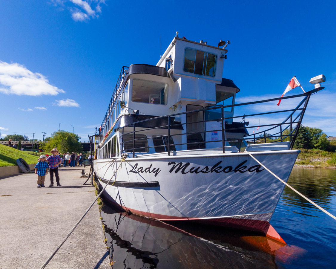 Lady Muskoka Cruise ship on Muskoka River in Bracebridge Ontario