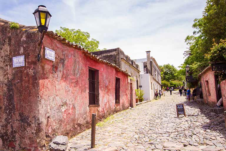Colonia del Sacramento Street of sighs Uruguay with kids