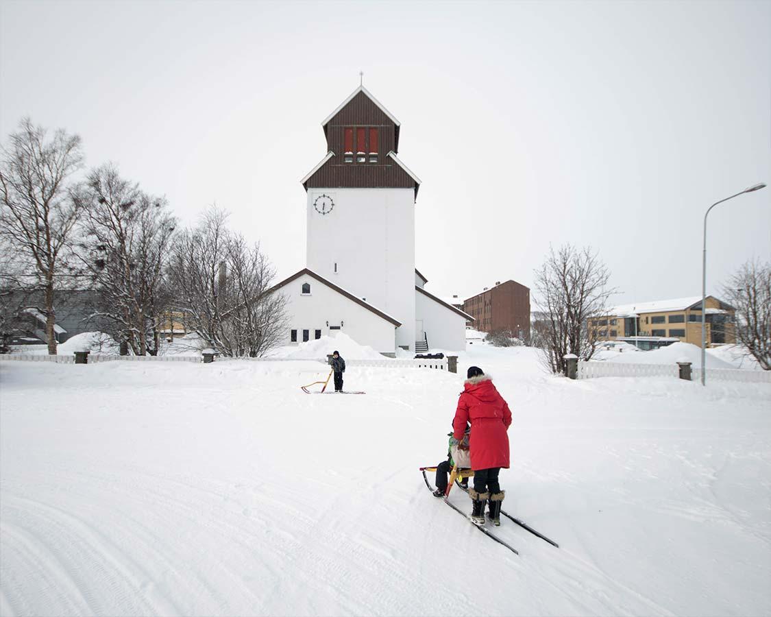 Hurtigruten shore excursions - Kick sleds in Kirkenes Norway