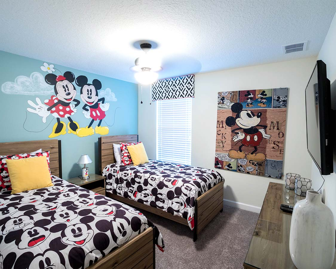 Kissimmee Family Rental Disney Kids Bedroom