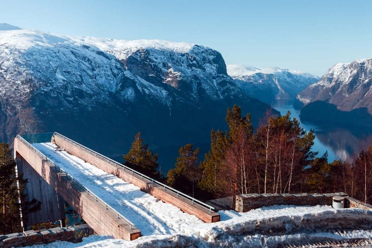 Searching for incredible things to do in Flam Norway in winter? We discovered the best places to eat, hike, and hotels in Flam in Winter. Come check it out!