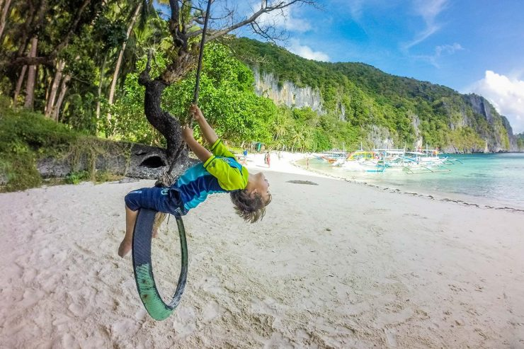 The best things to do in Palawan for families stretch from El Nido to Balabac. Prepare for days filled with island hopping, caves, and white sand beaches!