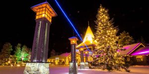 Everything you need to know about Christmas In Lapland Finland is right here. The best destinations and the best Santa Claus experiences in Finnish Lapland
