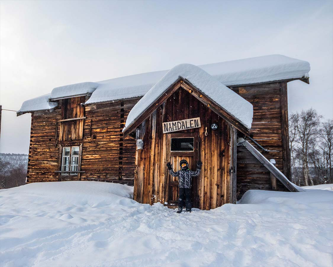 Norway Winter Travel Namdalen House Kirkenes