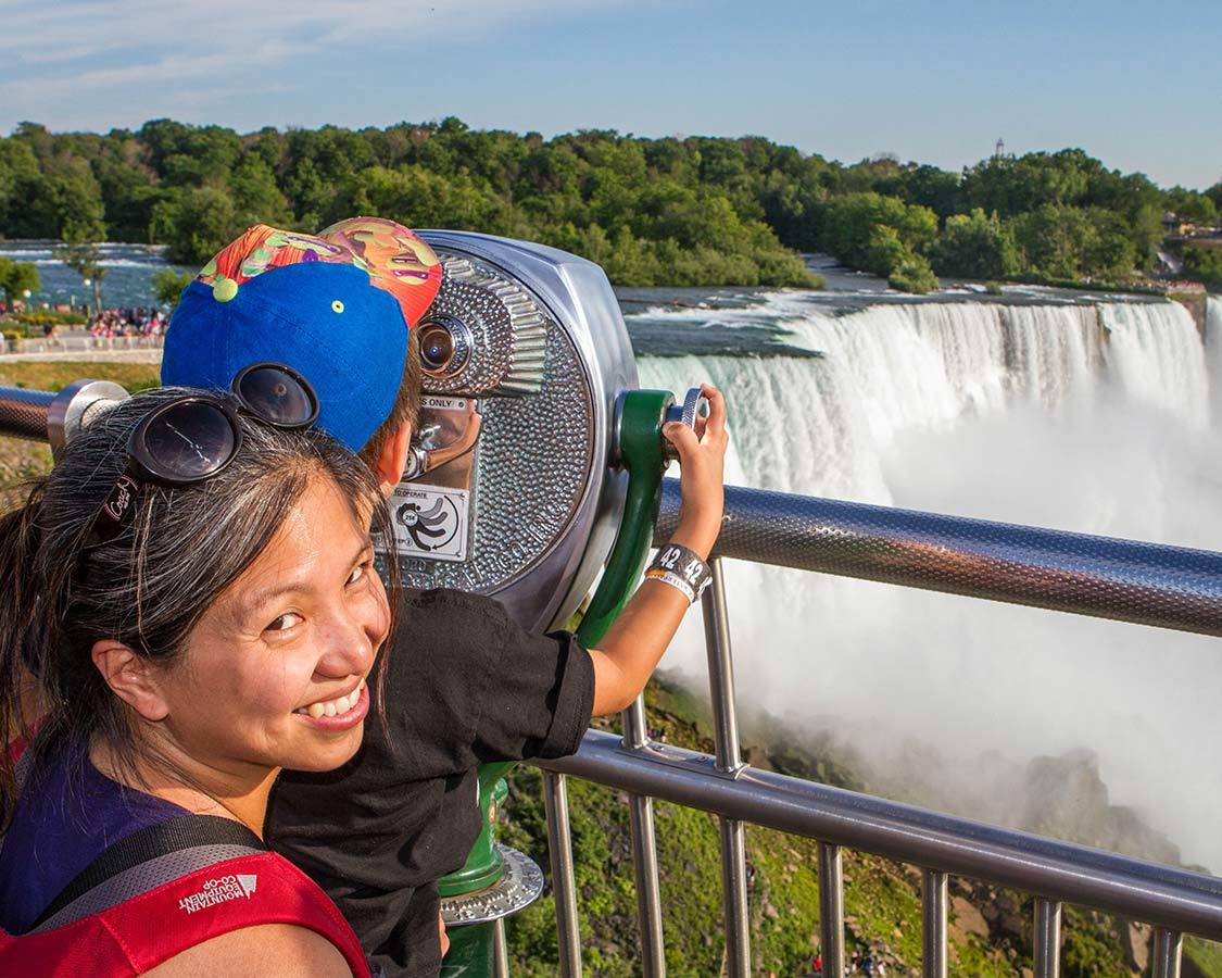 Niagara Falls for children Observation Tower lookout