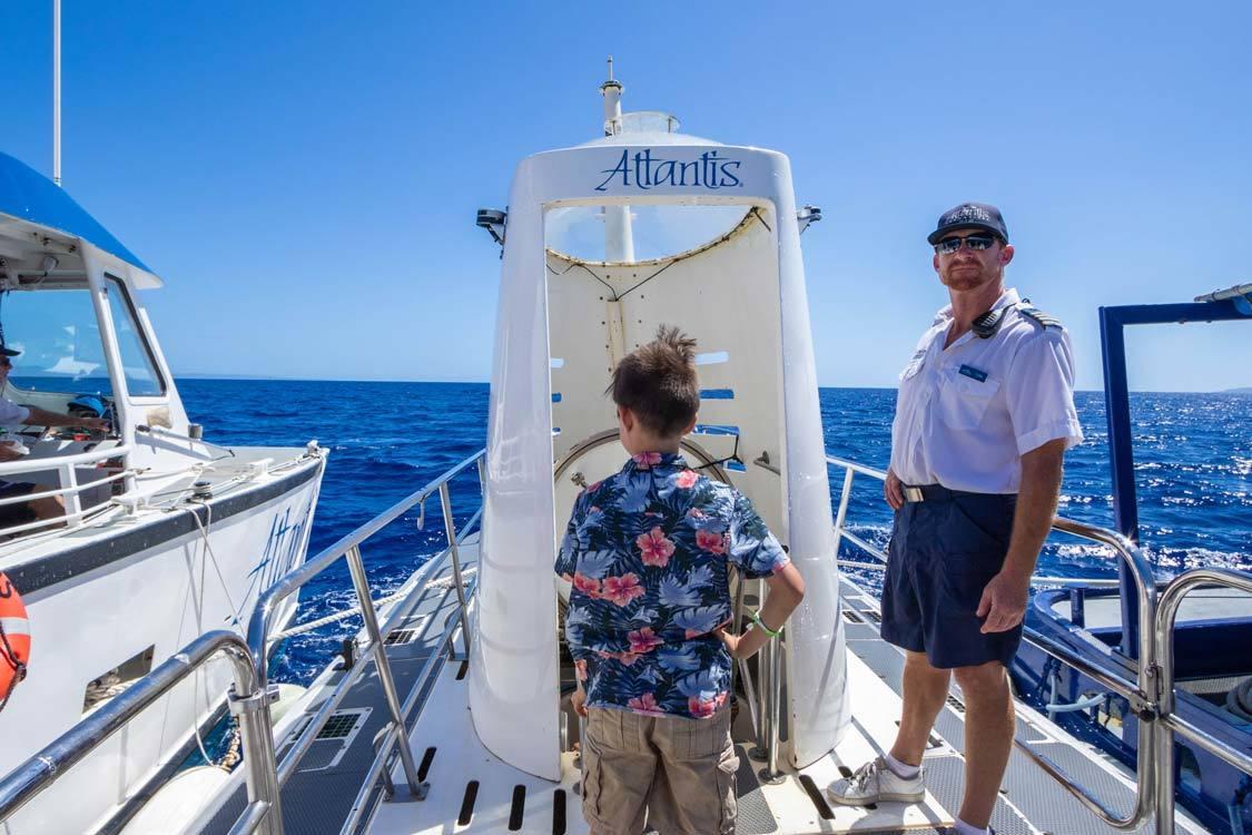 atlantis submarine tour Maui boarding
