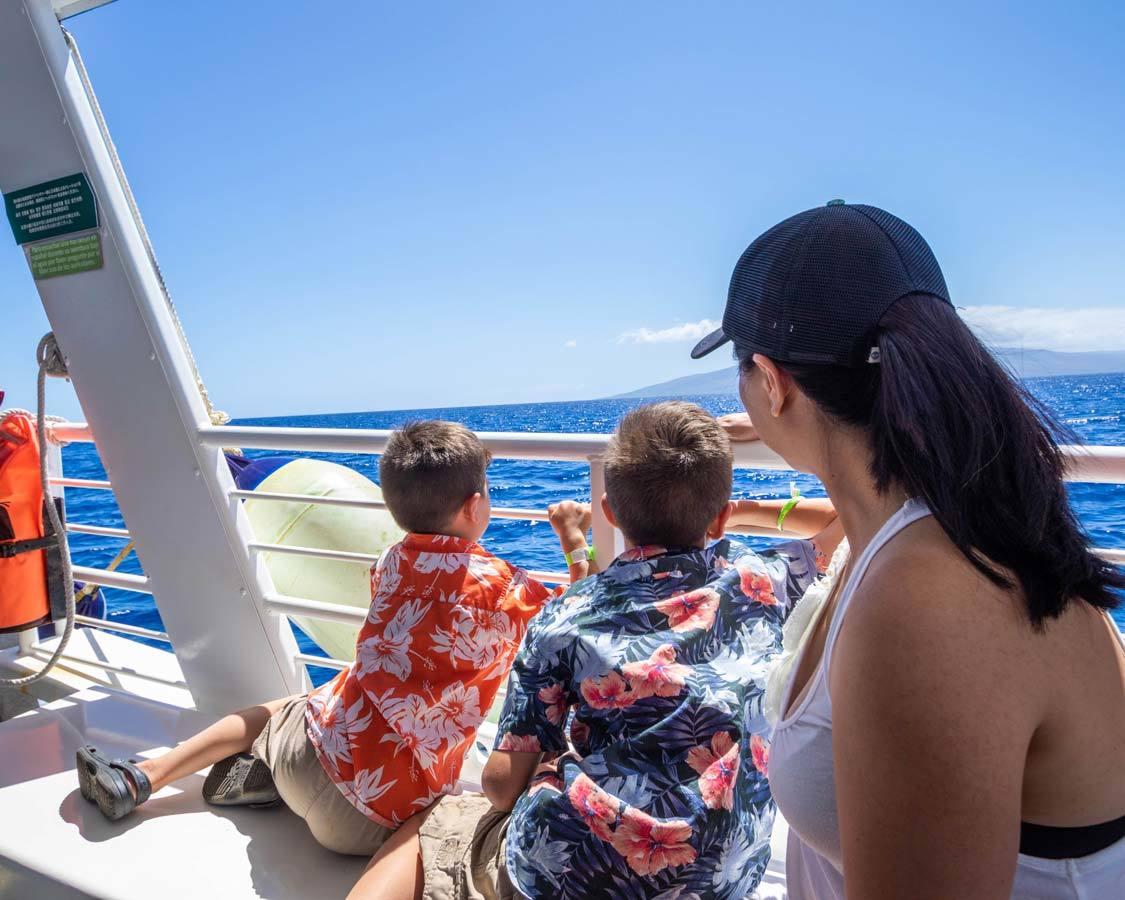 maui submarine tour with kids