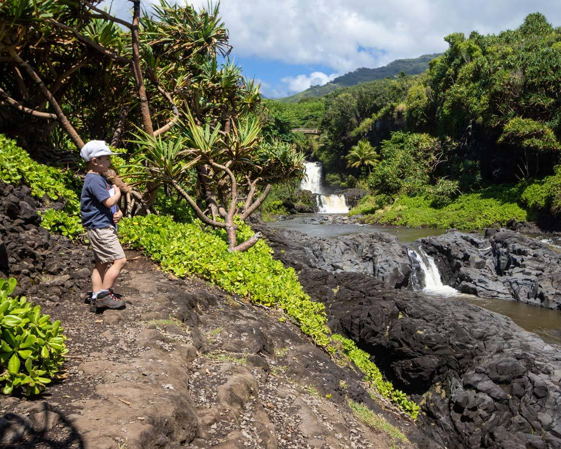 Seven Sacred Pools In Maui with children