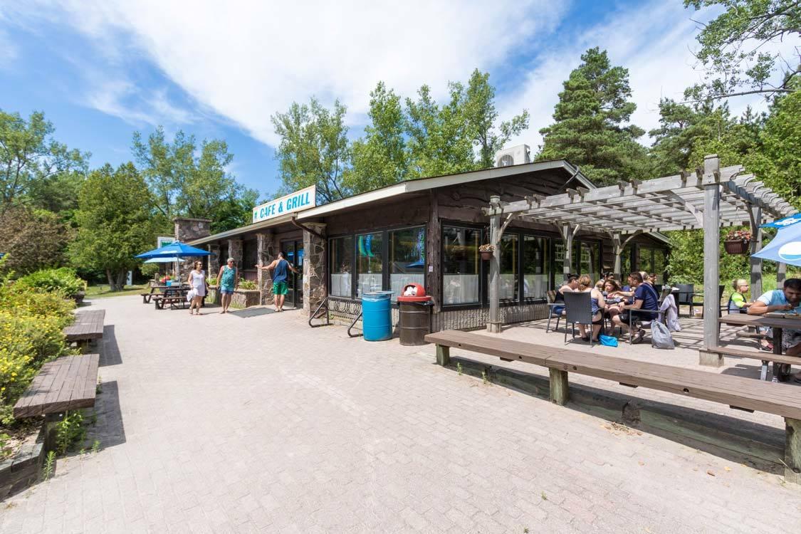 Sandbanks Provincial Park restaurant
