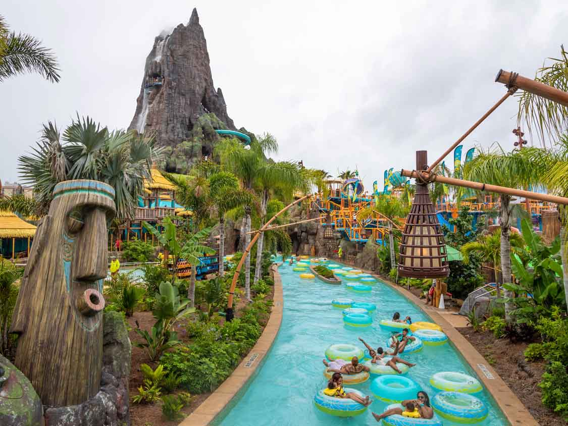 Where To Put Your Stuff at Volcano Bay
