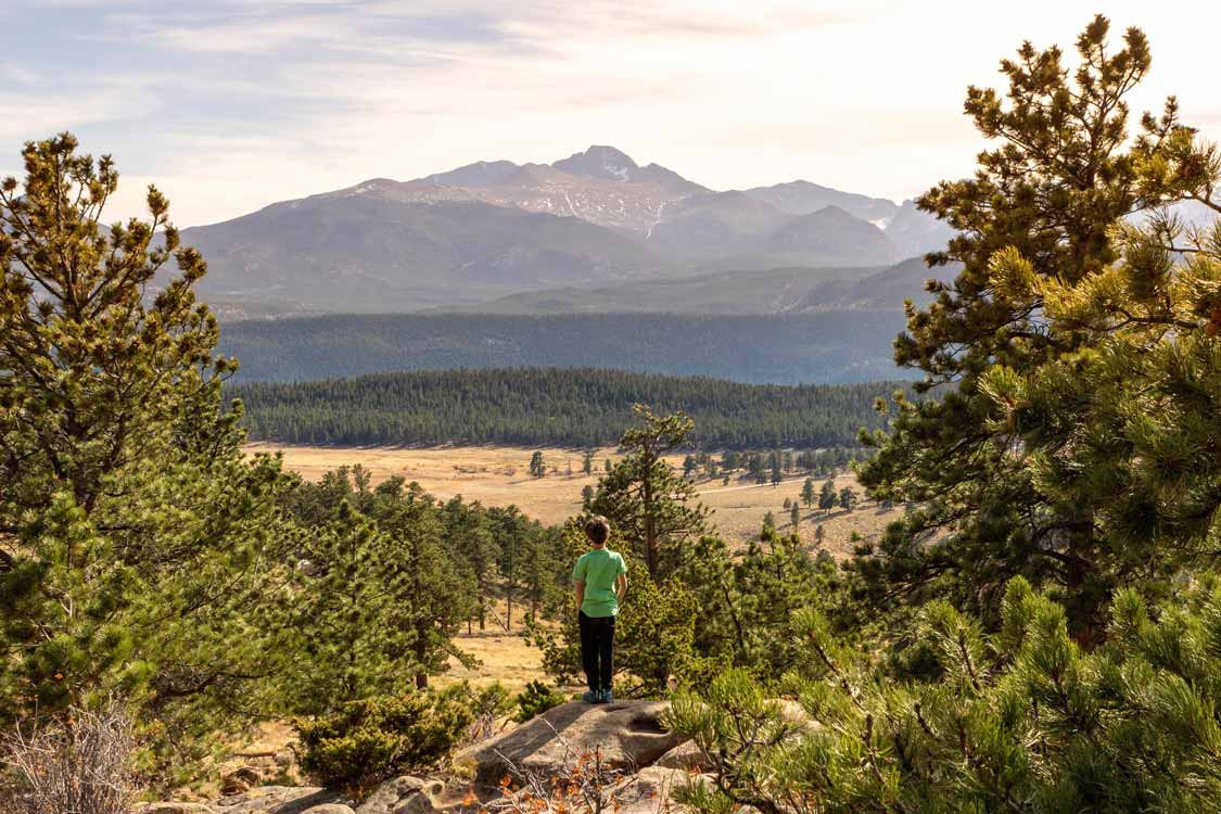 Kid-Friendly Hikes in Rocky Mountain National Park with children