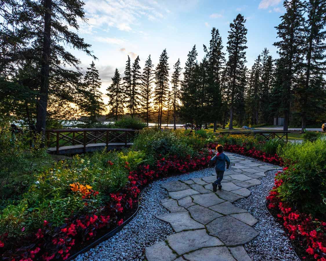 Clear Lake Wishing Well Garden