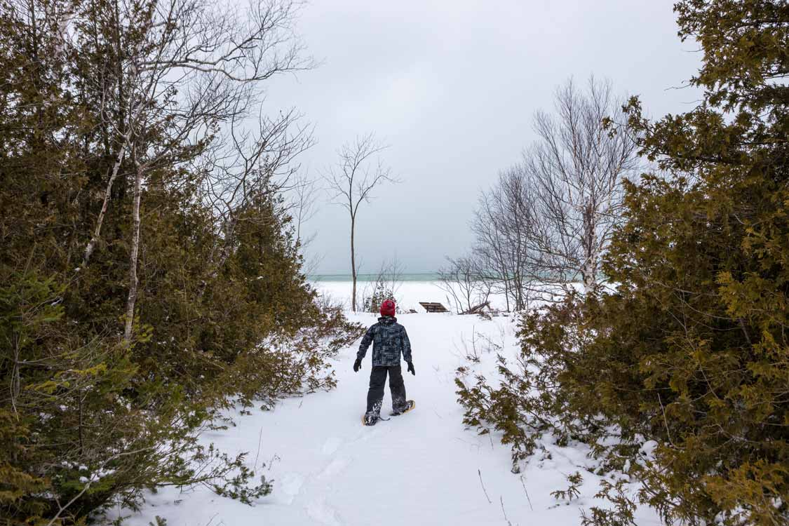 Snowshoeing in Thousand Islands National Park