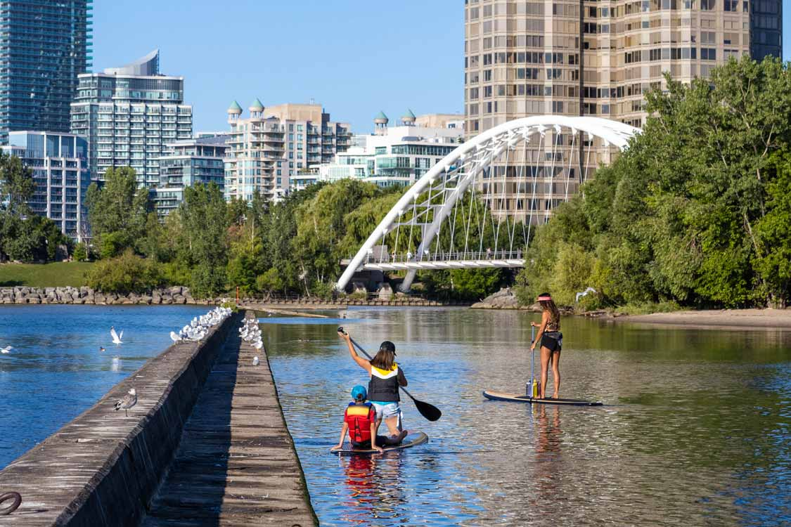 Stand Up Paddleboarding with Oceah Oceah on Lake Ontario